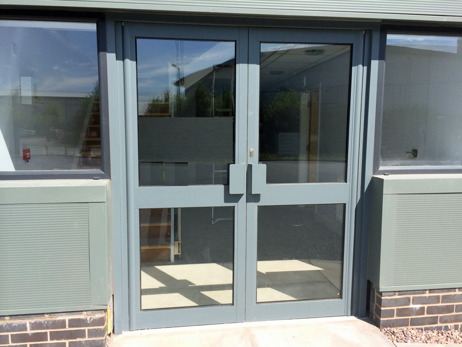 Aluminium double doors in grey